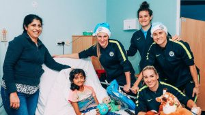 Manchester City visit brave youngsters at Wythenshawe Starlight Unit