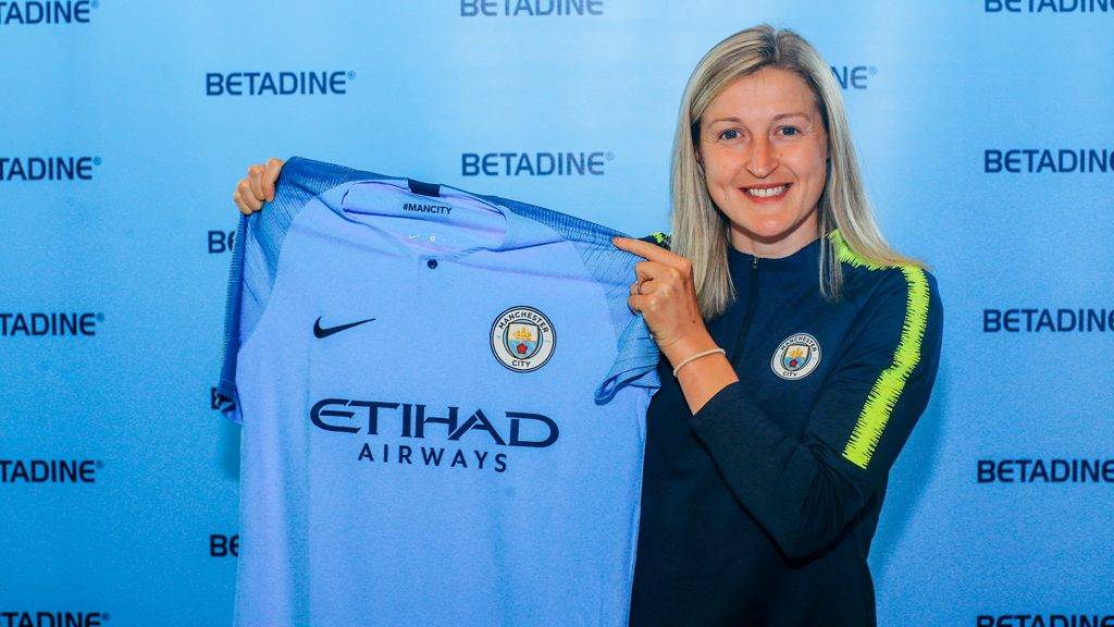 Ellen White to join Manchester City on a two year deal