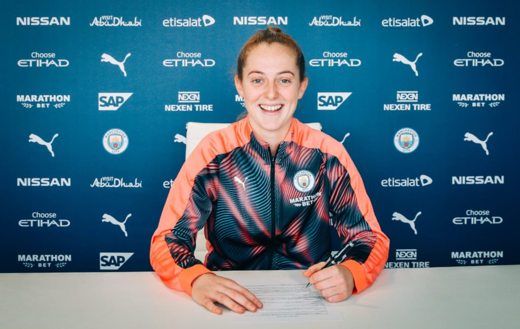 Keira Walsh signs a new three year contract extension with Manchester City
