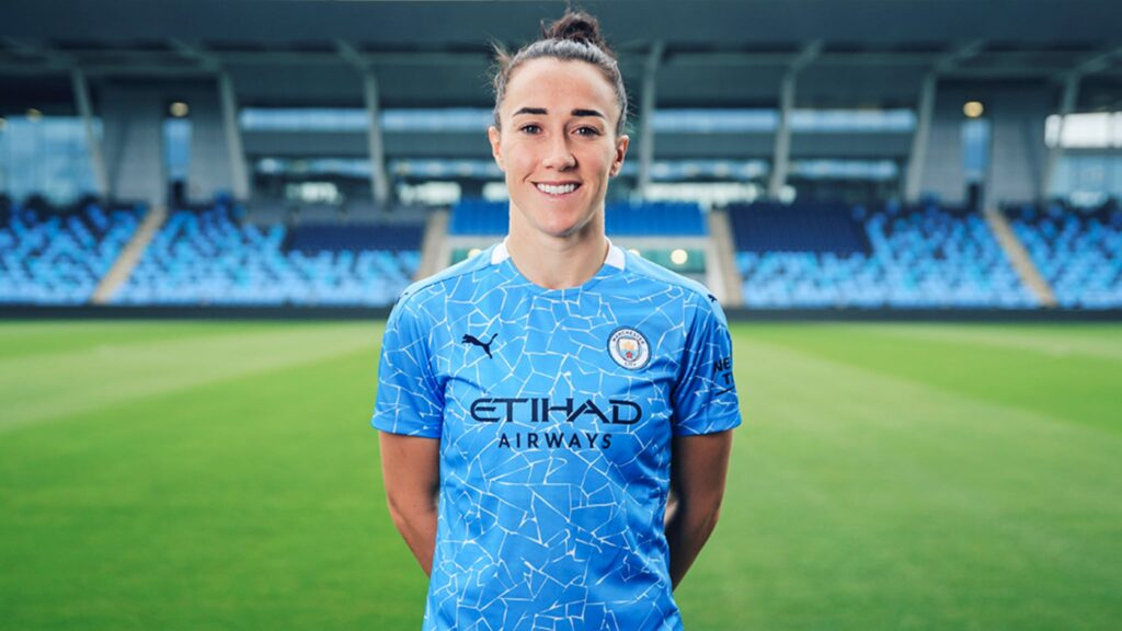 Lucy Bronze returns to Manchester City on a two-year deal